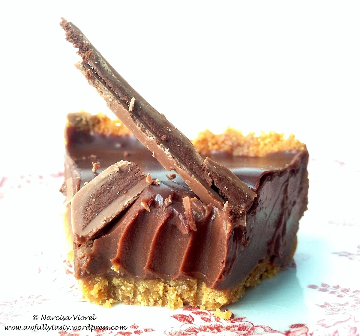 Tartă spectaculoasă cu ciocolată neagră
