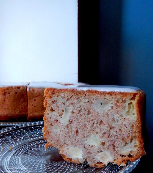 bundt cake cu mere