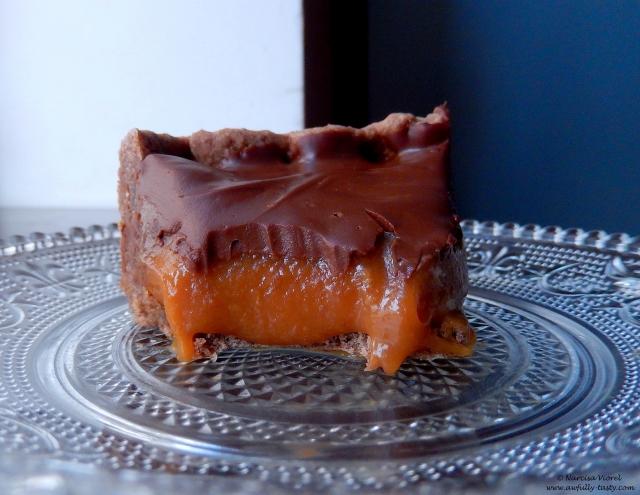 tarta caramel si ciocolata