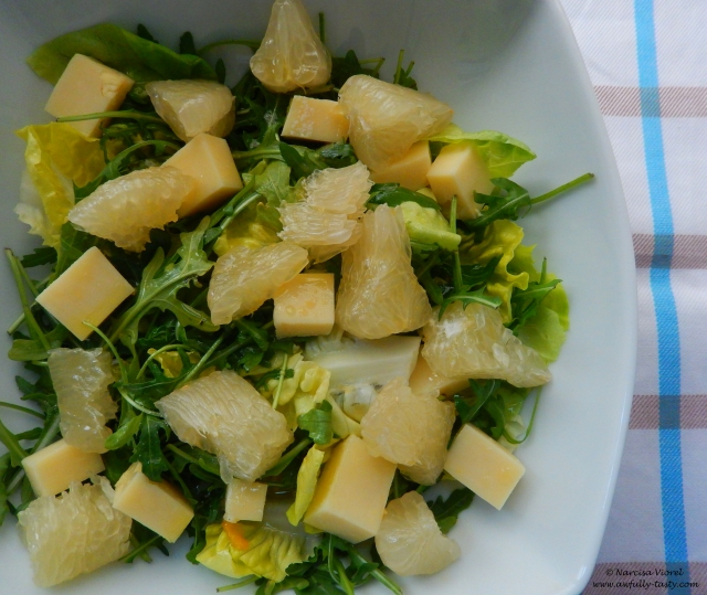 salata cu pomelo si cascaval