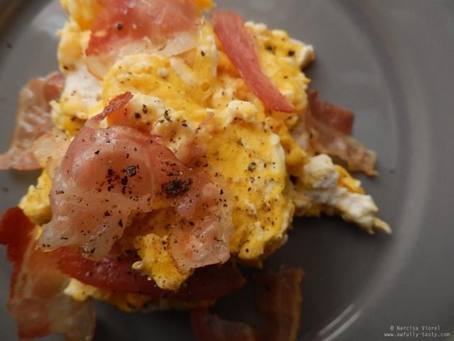 omletă cu ricotta